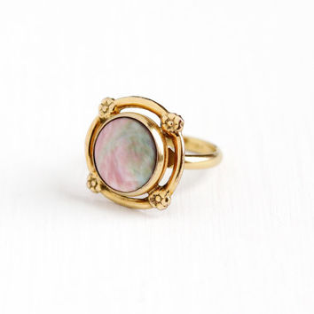 Vintage 12k Yellow Gold Filled Abalone Ring - 1950s Adjustable Size 5 Signed Coro Flower Round Iridescent Shell Cocktail Ring Jewelry
