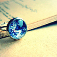 Retro Vintage Silver Planet Eatrh Globetrotter Ring - Free Shipping - Made to order :)