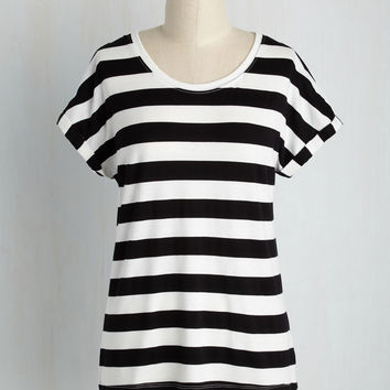 Breezy Basics Striped Top in Monochrome | Mod Retro Vintage Short Sleeve Shirts | ModCloth.com