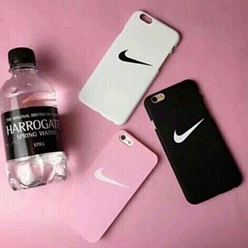 """The New """"Nike"""" Printed Iphone 7 7plus &6 6s Plus Cover Case"""