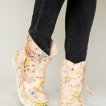 El Vaquero  Fiorato Ankle Moccasin at Free People Clothing Boutique