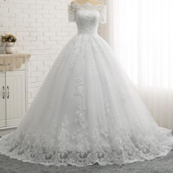 Short Sleeve Boat Neck Quality Europe Ball Gown Wedding Dresses Lace Appliques Princess Wedding Dress Bridal Gown