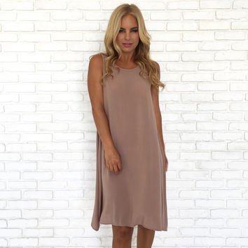 Simply Chic Shift Dress In Mocha