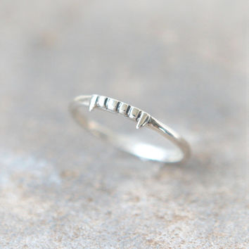 Vampire ring in sterling silver