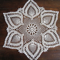 Crochet Doily Natural Lace Tablecloth Centerpiece White Lotus Flower Pineapple Pattern Shabby Chic Home Decor Unique Gift