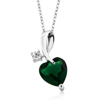 "3.10 Ct Heart Shape Simulated Emerald 925 Sterling Silver Pendant with 18"" Chain"