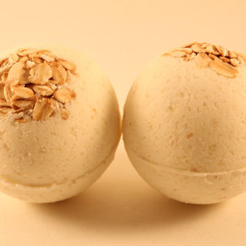 MOH (Milk, Oats, Honey) Bath Bomb-Valentine's day-milk bath bomb-oatmeal bath bomb-bath bombs-natural bath bomb