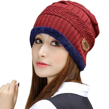 HINDAWI Womens Slouchy Beanie Winter Hat Knit Warm Snow Ski Skull Cap, Red