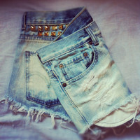 Vintage studded levis high waisted denim shorts