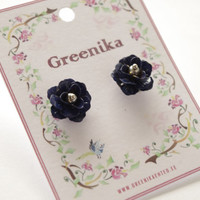 Small dark blue rose studearrings. Romantic victorian rose post earrings. FREE WORLDWIDE SHIPPING