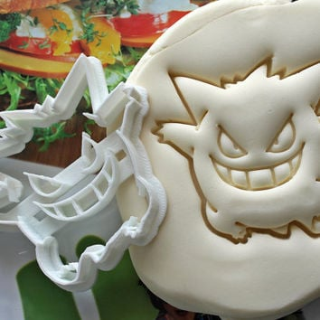 Pokemon Gengar Cookie Cutter / Made From Biodegradable Material / Brand New / Party Favor / Kids Birthday / Baby Shower / Cake Topper Gift
