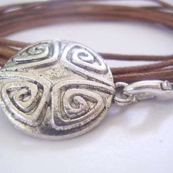 Antique MEDALLION wrap bracelet with brown straps