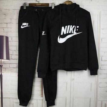 DCCKBA7 Nike: Women's fashion sports suit