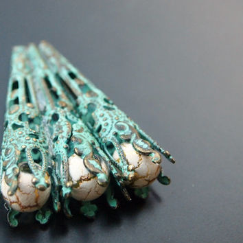 Antique Hair Pins - Green and Gold Torch with Crackle Beads - Fan Shape Bobby Pin
