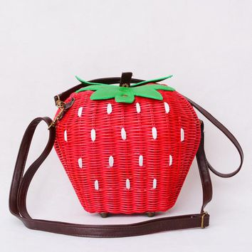 Fruit Bags Fashion Strawberry Hand-made Cane Women Shoulder Bags Beach Rattan Straw Girl Portable Handbag Vintage Casual