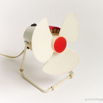 Vintage Small Retro Desk Fan Electric White Burgundy Red