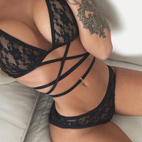 2016 Sexy Lace Bra Set Straps Perspective Split Underwear  Lace Push Up Bra & Brief Set Ropa Interior Mujer Hot Sale