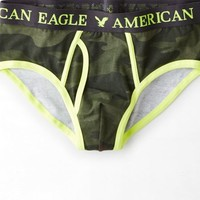 AEO Men's Camo Classic Brief (Camo Green)