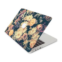 Retro Flower Arrangement Skin for the Apple MacBook