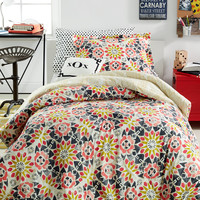 Dormify® Reversible Willa 2-Pc. Twin/Twin XL Comforter Set