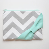 Cosmetic Case / Zipper Pouch - Gray Chevron with Mint Side Bow and Zipper