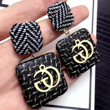 GUCCI character design exaggerated striped square button letter new earrings F0353-1