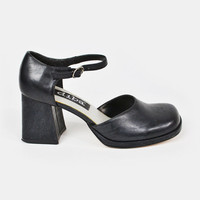 vintage 90s black faux leather CHUNKY heel MARY-JANE / 90s chunky mary-jane / 90s black mary-jane chunky heels / maryjane / 90s grunge / 7