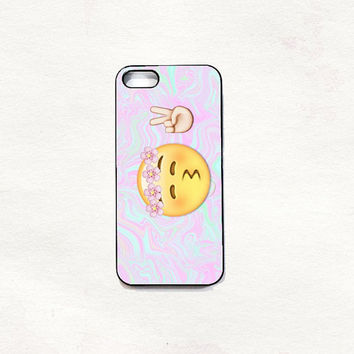 peace emoji kiss iphone 5 5s 4 4s hard from urbandressed