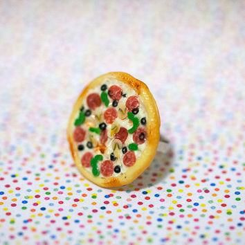 Miniature Food Ring Supreme Pizza Pepperoni Green Pepper Mushroom with adjustable ring