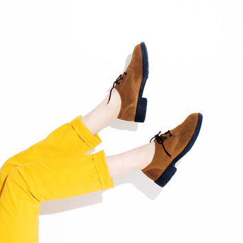SUEDE 90s SHOES // brown leather suede, loafer shoe, lace up shoes, sneakers flats, 90s grunge, 90s shoes, 90s boots, bongo jeans // 8 9M