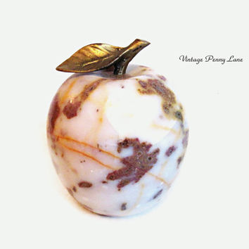 Vintage Polished Marble Stone Apple Paperweight / Sculpture