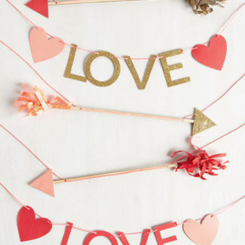 Sweetest Setting Garland by ModCloth