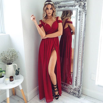 ‰ªÁ Red Off The Shoulder Maxi Dress ‰ªÁ