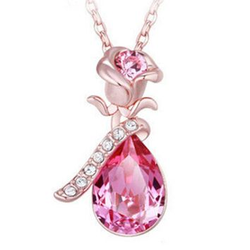 Trendy Woman Angel Tears Shape Lmitation Crystal Pendant Necklace Decorated with Rose Flower