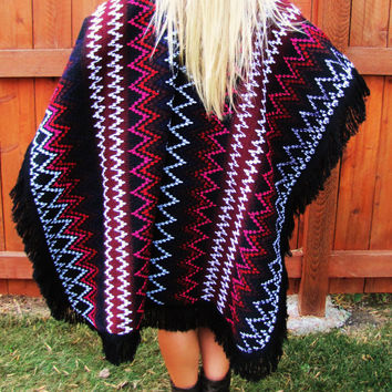 vintage mexican southwestern oversized poncho. sweater poncho made in Mexico. back to school.