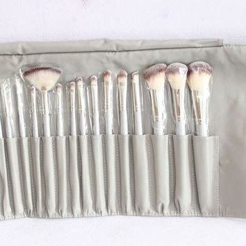 DCKI72 Nylon 18-pcs Luxury Makeup Brush Sets [11043678412]