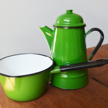 Green Polish Enamelware Sauce Pan and kettle or Teapot, Made in Poland 14, 1970s ; Vintage Cookware Graniteware