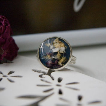 Handmade dried flower ring. Real flower jewelry. Dark blue ring. Real flower mosaic ring. Adjustable ring. Spring gift ideas for her