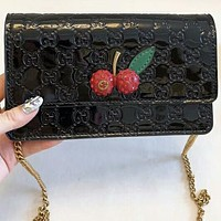 GUCCI 2018 counter female fashion shoulder diagonal diagonal mouth shoulder bag F-AGG-CZDL Black
