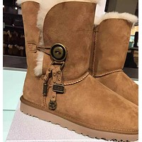 UGG: snow boots, wool boots Pendant