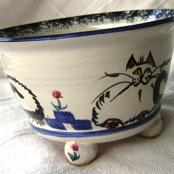 Ceramic Dish, Pet Cat Bowl, Water Bowl for a Pampered Pet
