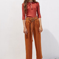 High Waist Belted Crop Pant