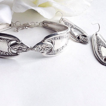 For Her, Old Colony Spoon Bracelet and Earrings, Spoon Earrrings, Silver Spoon Bracelet , Silverware Jewelry, Vintage Silver Spoon Bracelet