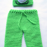 Crochet Monster pattern / Monsters Inc Mike Crochet Pattern / Photo Prop / Monsters inc baby outfit