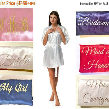 SALE Bride's entourage robes -- Bridal party robes -- Bridesmaids gifts -- Personalized satin robes -- Brides Crew - Bachelorette party robe