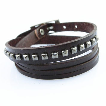 Fashion Punk  Rivets Adjustable Leather Wristband Cuff Bracelet - Great for Men, Women, Teens, Boys, Girls 2715s