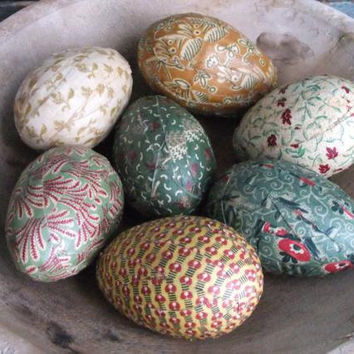 Primitive Easter Egg Bowl Filler Ornies Rustic Colonial Farmhouse Decor Green Yellow Cream