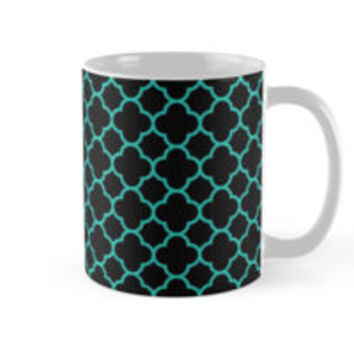Black and Turquoise Blue Quatrefoil Pattern by TigerLynx