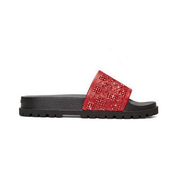 Gucci Signature slide sandal, Red Fashionable Glam Slides, Gucci slides for Fashionistas, Insta perfect Gucci slides, Gucci Glam, Gucci Gang