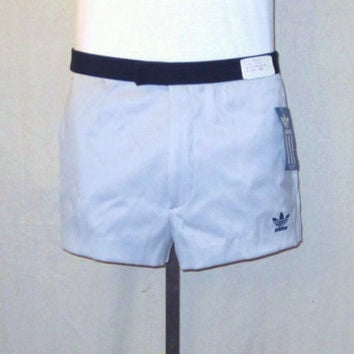 Vintage Deadstock 80s ADIDAS CASUAL ATHLETIC Stylish Tennis Medium Size 33-34 Rare Light Blue Poly Cotton Shorts